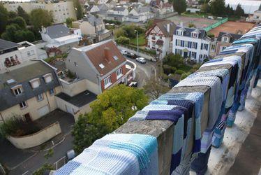 Le 7 octobre au Fort!, vivez le grand final de l'opération Tricotons Le Havre ayant mobilisé tous les habitants des quartiers