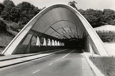 Le tunnel Jenner après achèvement des voûtes vers 1961-1962