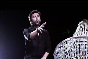 Théophile Alexandre, chanteur, danseur, artiste associé de la Compagnie Lyrique & Chorégraphique Up to the moon