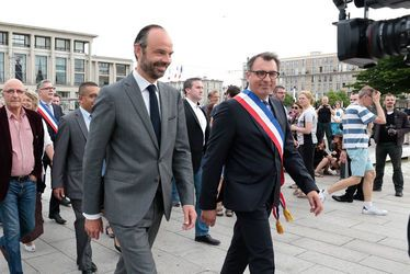 Edouard PHILIPPE, Premier ministre, aux côtés de Luc LEMONNIER, maire du Havre
