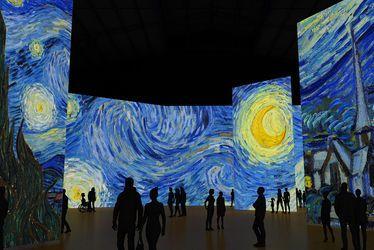 Imagine Van Gogh, exposition immersive à découvrir au Carré des Docks du 29 juin au 1er septembre 2019. (La nuit étoilée, Van Gogh)