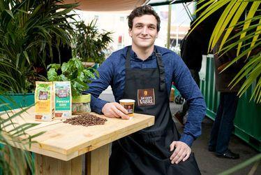 La marque Jacques Vabre a fait appel à l'expertise du jeune havrais Thibault Seghers, créateur des Cafés Seghers, pour ses dégustations