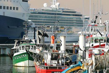 Bateaux de pêche et de croisière cohabitent à quelques pas du Quai Southampton