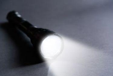 Visite à la lampe de poche