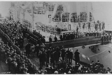 Hommage au départ du Soldat Inconnu américain de la 1ère Guerre mondiale