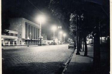 La gare du Havre de nuit, 1936.