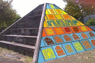 idee_mise_en_situation_pyramide_parc_vivianni_flor_et_noze.jpg