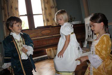 costumes maison de l'armateur2
