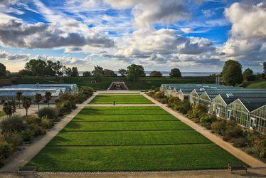 les-jardins-suspendus-serres