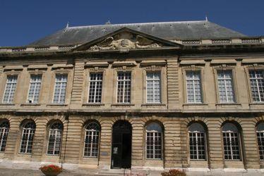 Façade du Muséum d'Histoire Naturelle