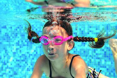 natation_enfant_-_luliia_sokolovska.jpg
