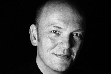 Lecture et signature avec Pierre DELYE