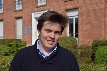 """Théophane Gauthier, participant au Forum des lycéens - """"Permettre à la jeunesse de sortir d'une forme de dramatisation outrancière"""""""