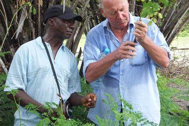 """Le Havrais Eric Lemétais primé par l'ONU lors de la COP21 à Paris pour son projet ingénieux et durable """"Plantons utile"""" lancé en Afrique de l'Ouest"""