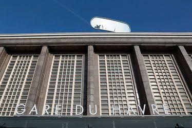 L'altoviseur de Julien Berthier : les hauteurs de la ville vue d'en bas...à la gare SNCF du Havre