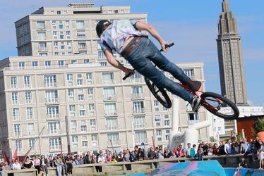 Une ville doyenne sur le plan sportif - Le plus grand skatepark outdoor gratuit en France accueille chaque année une étape du FISE - Week-end de la Glisse