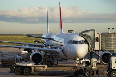 Référendum d'initiative partagée : Proposition de loi visant à affirmer le caractère de service public national de l'exploitation des aérodromes de Paris
