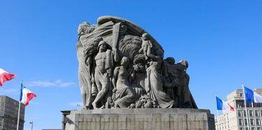Cérémonies du 11 novembre, l'arrivée de la flamme sacrée au Havre