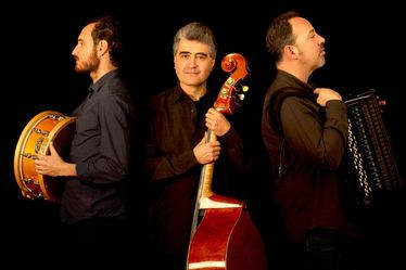Renaud Garcia Fons Trio - moz