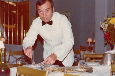 René Montier, service en salle à manger Première Classe sur la paquebot France
