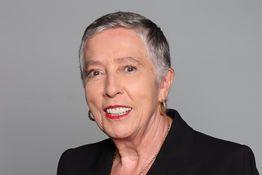 Brigitte DECHAMPS, adjoint au maire, chargée des quartiers Centre-ville et Centre ancien