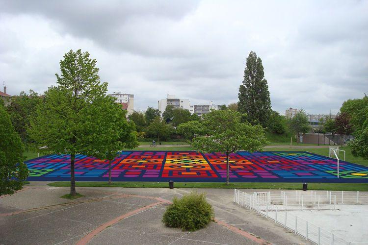 Le terrain de sport du parc Massillon mis en couleur