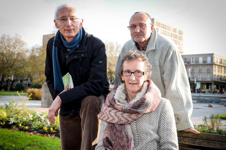 Elisabeth Macquoy, William Omari et Philippe Ryckelynck, bénévoles de Association nationale des visiteurs de prison