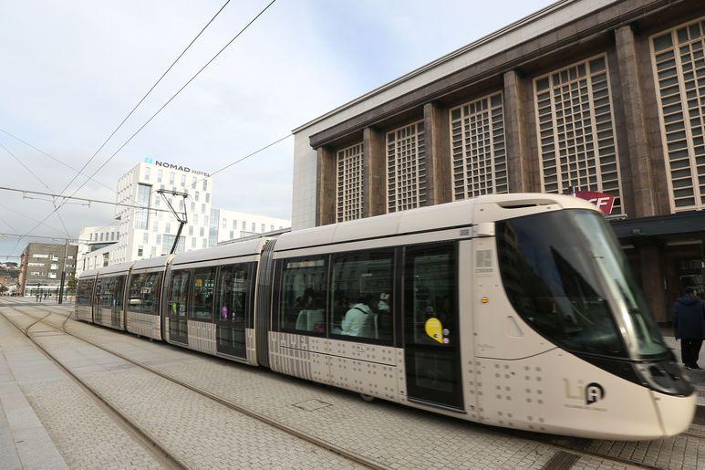 L'arrivée du tramway en 2012 a permis la redynamisation et la transformation du quartier de la gare