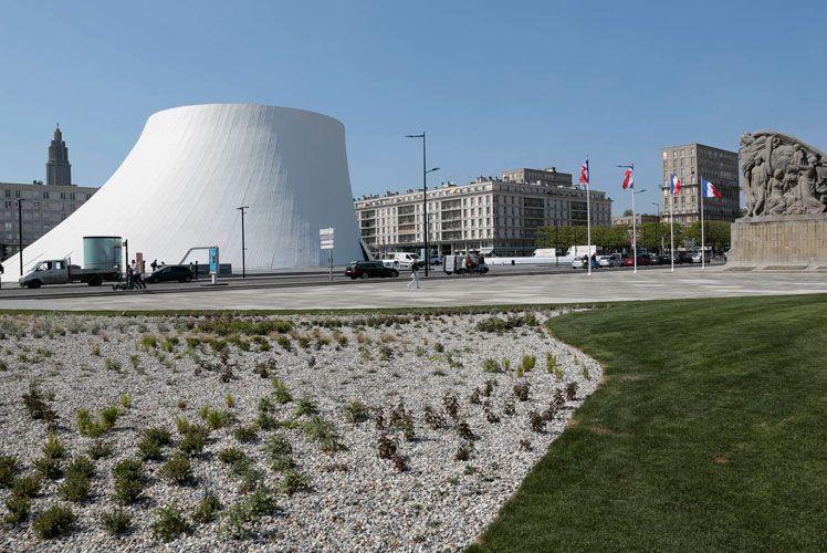 La place du Général de Gaulle réaménagée
