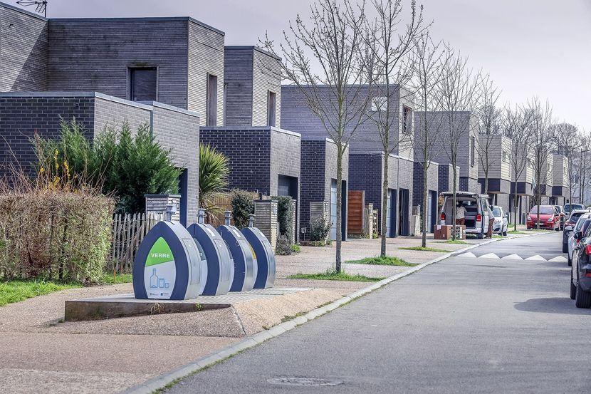 ecoquartier-grand-hameau-tri-selectif.jpg