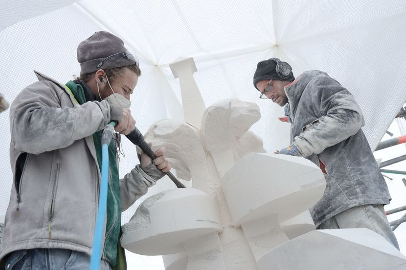 sculpteurs-cathedrale-notre-dame.jpg