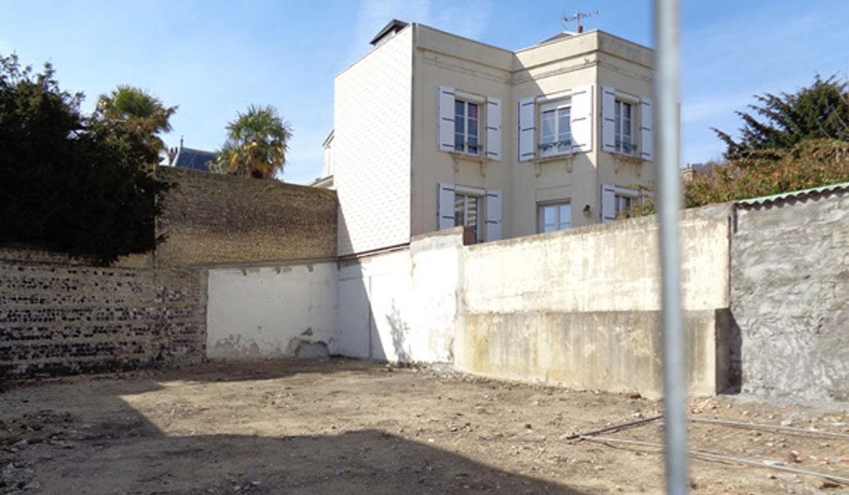 Offres immobilières - Terrain destiné à la construction d'un habitation, situé au 1, rue Constantine